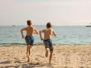 boys racing jammers